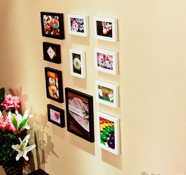 Cận cảnh bộ 11 khung ảnh treo tường phòng ngủ KAD1101 kết hợp khung trắng đen