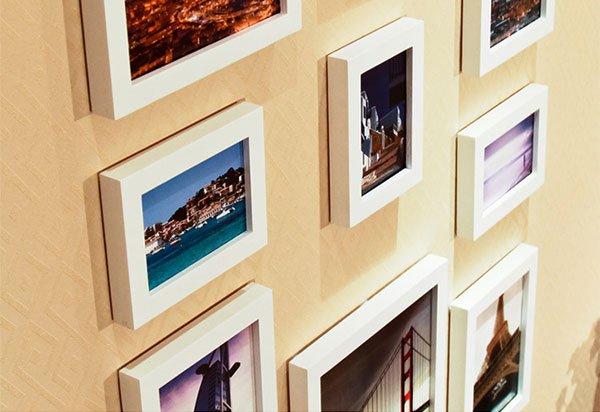 Cận cảnh bộ 11 khung ảnh treo tường chỉ dùng khung trắng