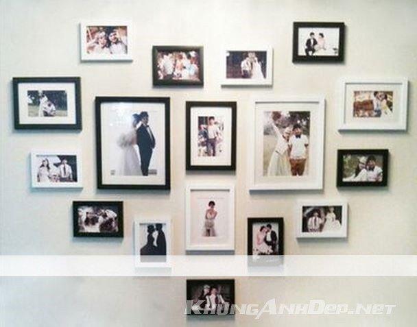 Còn gì tuyệt vời hơn việc 2 vợ chồng cùng nhau trang trí phòng cưới của mình với bộ khung ảnh hình trái tim KAD1701