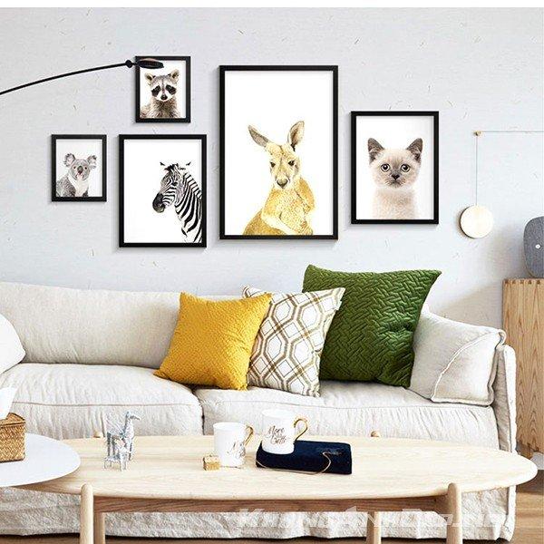 Bộ khung ảnh mang xu hướng hiện đại của phương Tây, phù hợp trong việc trang trí cho phòng khách, văn phòng hoặc quán Cafe