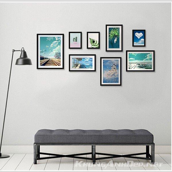 Bộ 8 khung ảnh treo tường phòng khách KAD804 phù hợp với những bức tường có màu sáng